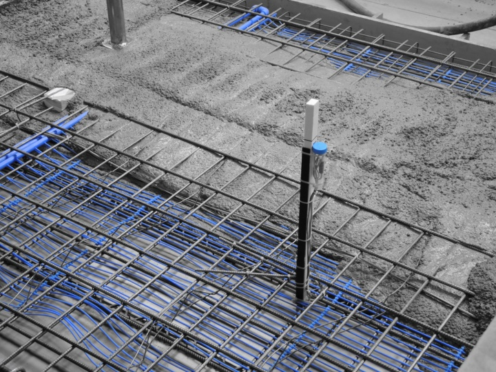 Sensors in a structure during concrete production (c)