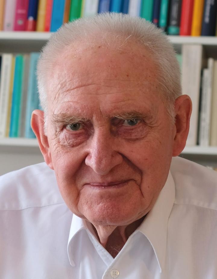 Prof. Hans-Wolf Reinhardt (c)